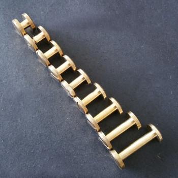 Винт ременной плоский 4-20 мм Латунь