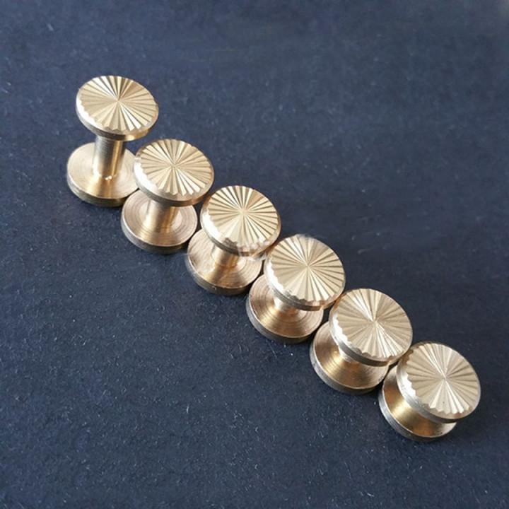 Винт ременной d=10 мм плоский рифленый Латунь