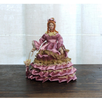 Кукла Дама с зонтиком Миниатюра 1:12