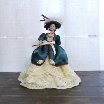 Кукла Дама в зеленом платье Миниатюра 1:12