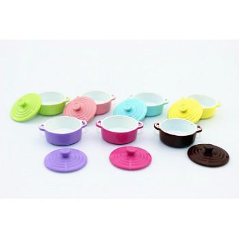 Кастрюли разноцветные для кукольной кухни