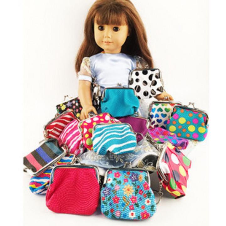 Сумочки для куклы с фермуаром фактурные