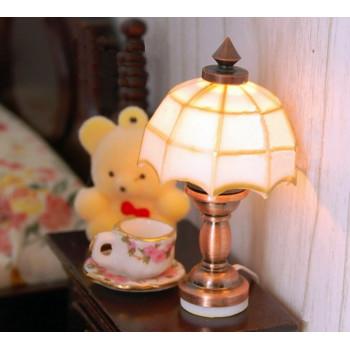 Настольная лампа Тиффани с батарейкой для кукол