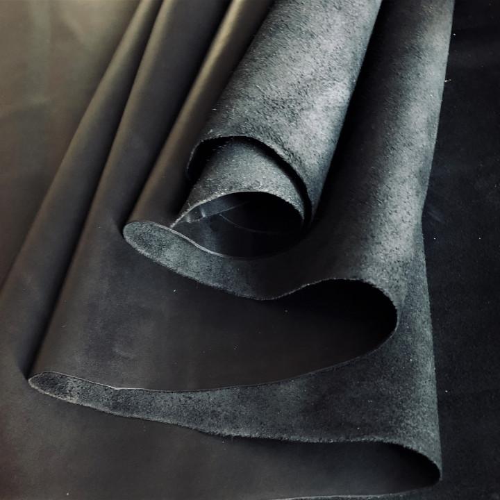 Кожа Пулл-Ап масл. 1,2 мм Черный